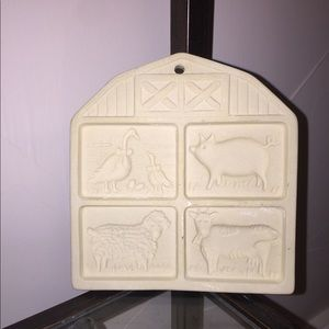 Vintage Pampered Chef Farmyard Stoneware Mold